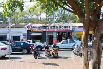 Comerciantes pedem Socorro / Assaltos / Ajuda / Drogados / Usuários de Drogas / Bispo Dom José