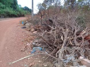 Descarte irregular de lixo Jardim Vitória