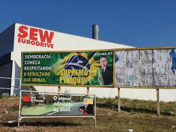Outdoor Bolsonaro