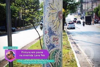 Pintura de Adir em poste na Avenida Lava Pés