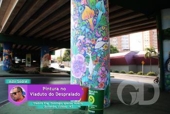 Pintura de Adir Sodré no Viaduto do Despraiado