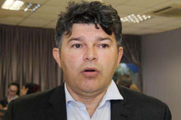 Resultado de imagem para senador José Medeiros (Podemos).